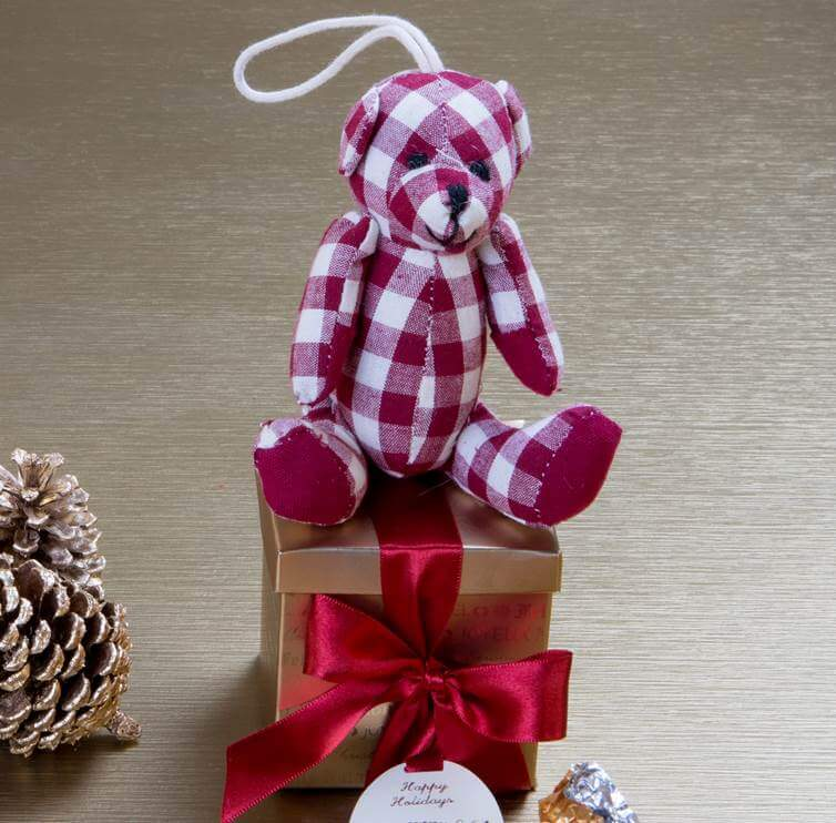 caixa presentinho de natal com ursinho